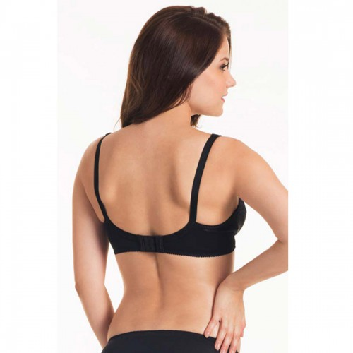 Triumph Black Wireless Form And Beauty Bra